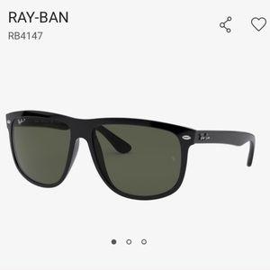 Ray-Ban 4147 Polarized Sunglasses | Black/Green